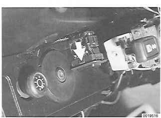 cruise control - porsche 911 1984 1989 - porsche archives 1984 porsche 911 pictures wiring in dash 1984 porsche 911 wiring diagram #3