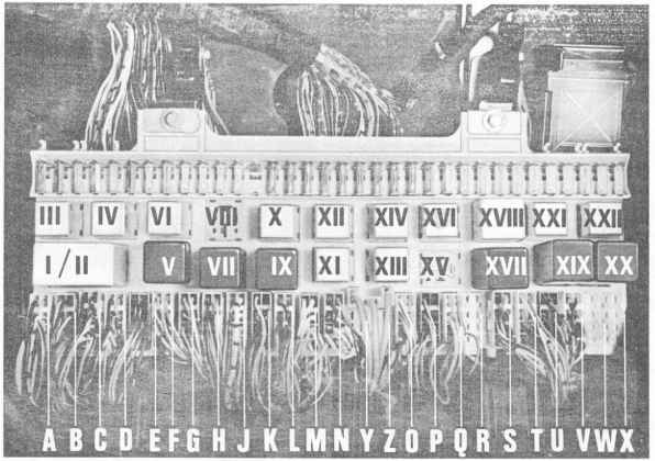 2129_862_1896 porsche 928 fuse box diagram location of relays and electronic controls in porsche 928 repair 1982 porsche 928 starter wiring diagram at soozxer.org